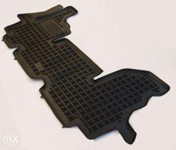 Резиновые ковры в салон - image-b7c5b7382a30d23a333d4b904b10453f91b81c06d9dfe0050eefbe36c1e0d9d3-V.jpg